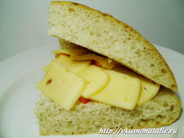 бутерброды с помидорами и сыром - вкусно и быстро!