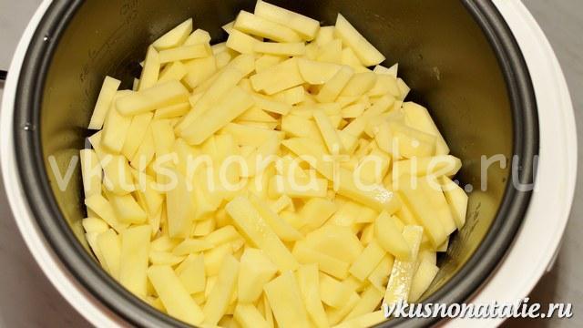 тушеный картофель в мультиварке