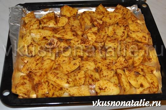 Запечь картошку в духовке дольками
