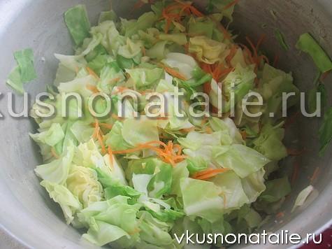салат из капусты с кориандром и чесноком