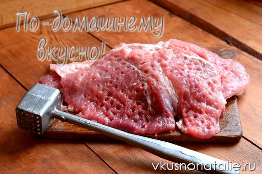 мясной рулет запеченный в духовке