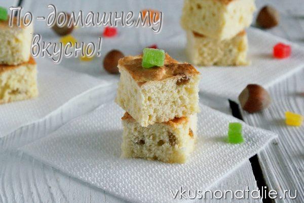 бисквит с творогом и изюмом