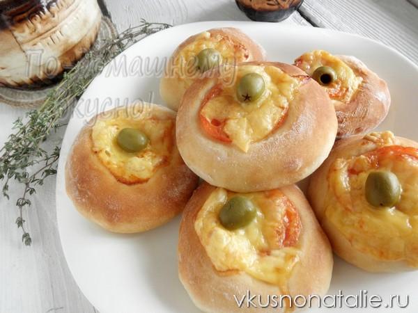 хлебцы с помидорами и сыром